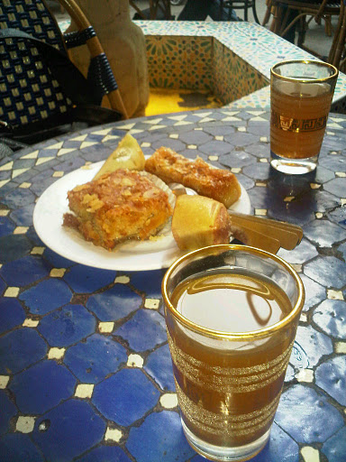 Salon de th de la mosqu e de paris france koko soko - Mosquee de paris salon de the horaires ...