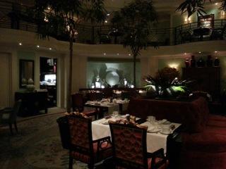 Salle du restaurant La Bauhinia - Hôtel Shangri-La, Paris 16ème