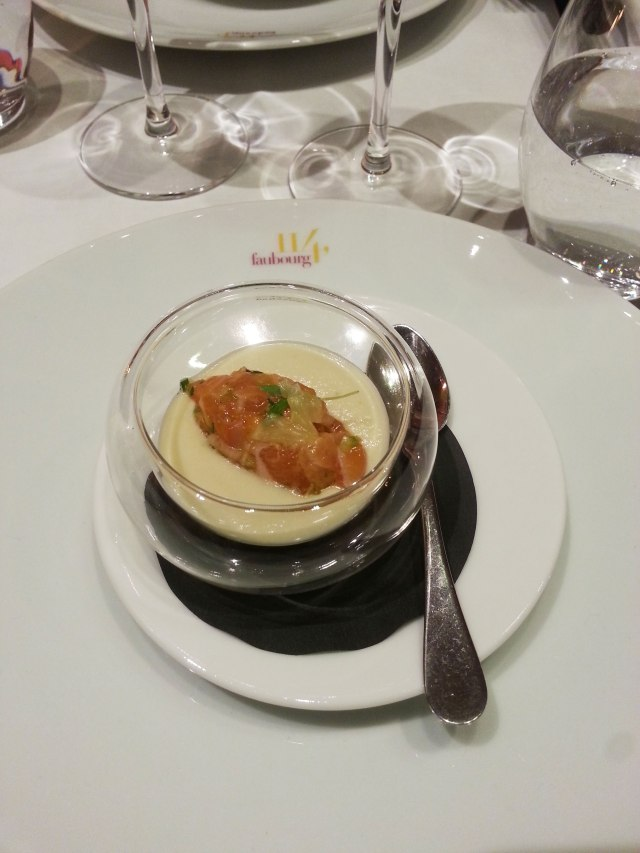 Tartare de Saumon, crème de fenouil
